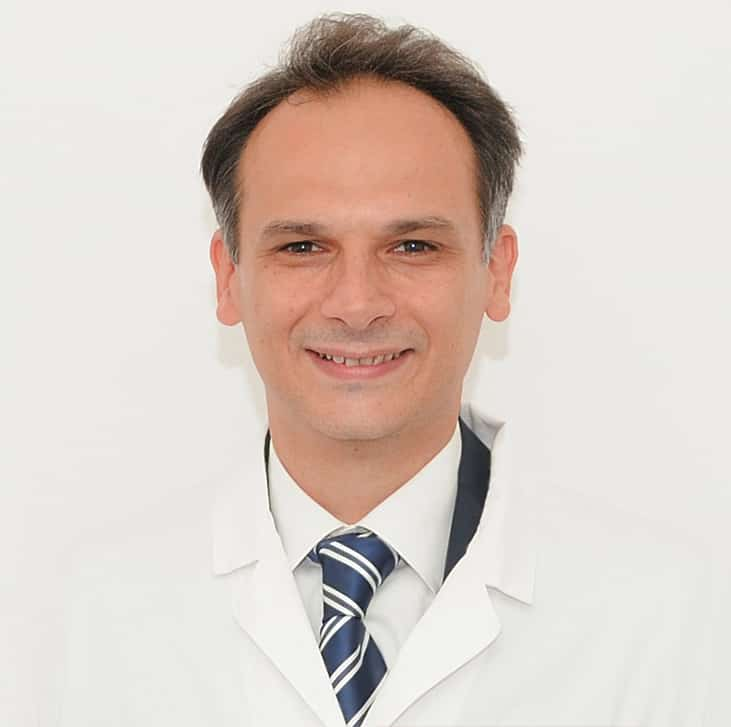dottore-odontoiatra-roberto-landi-salerno-dentista-nuova-tecnologia-dentale
