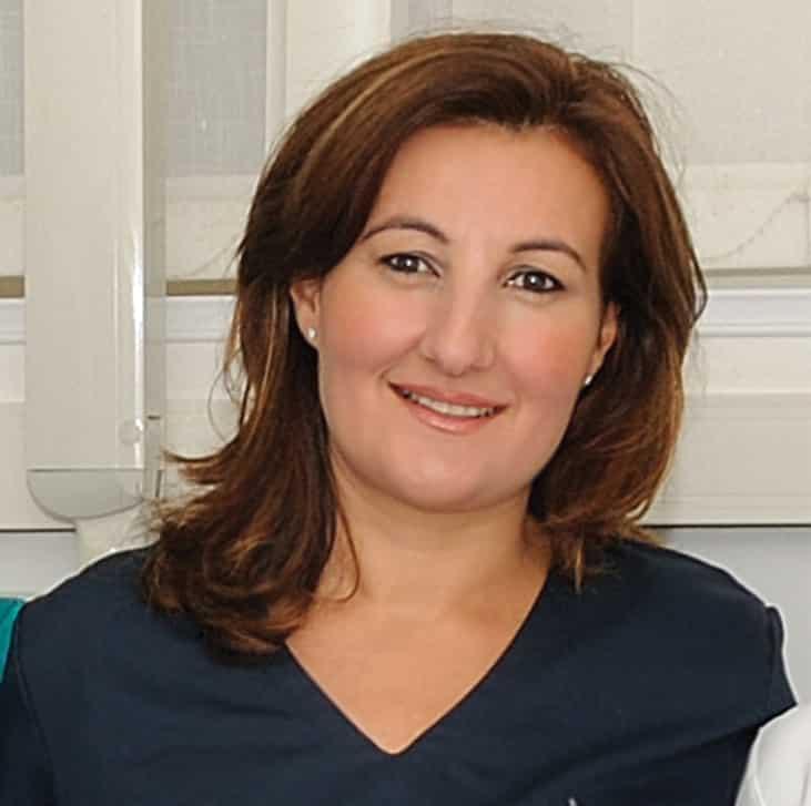 dottoressa-maria-giuseppa-d'ambrosio-odontoiatra-dentista-salerno-nuova-tecnologia-dentale-roberto-landi